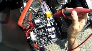 Download VEHICLE RELAYS - Testing from the relay base Video