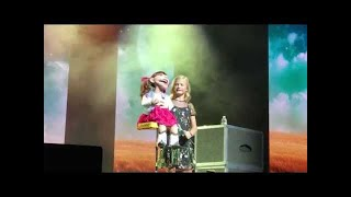 Download Darci Lynne Amazing Performance Yodeling at Las Vegas Show Video