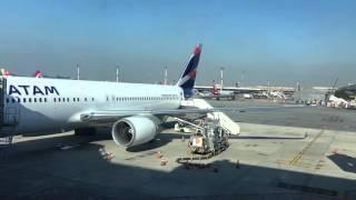 Download Primer vuelo LATAM Video