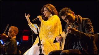 Download Berklee Indian Ensemble ft Shreya Ghoshal - Aap Ki Nazron Ne Samjha (Live at Berklee) Video