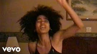 Download Nneka - Heartbeat (Videoclip) Video