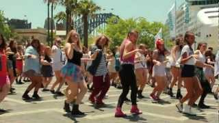 Download One Direction Sydney Flash Mob Take 2! Video