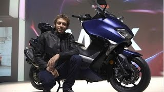 Download Valentino Rossi presents the new 2017 Yamaha T-Max at EICMA 2016 Video