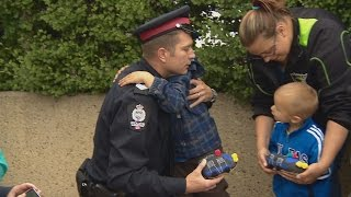 Download Outpouring of support for fallen officer Video