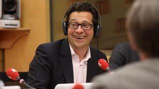 Download Laurent Gerra imitant Patrick Bruel : ″Mi pense fort à doudou Laetitia tout seule dans case″ Video