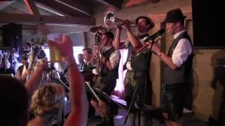 Download Berghammer Tanzlmusi - Vronerl Polka - Woodstock der Blasmsuik 2017 Video