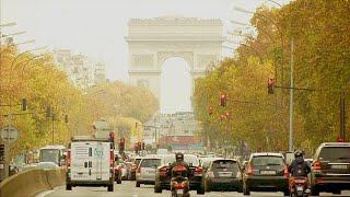 Download Parigi dice addio alle auto a benzina entro il 2030 Video