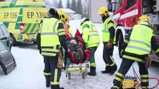 Download Traumapotilaan tukeminen ja siirtäminen liikenneonnettomuudessa Video