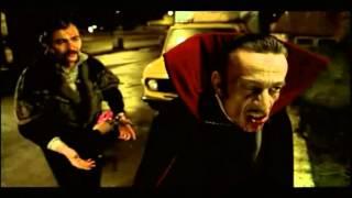 Download Zora La Vampira (scena prostituta) avi Video