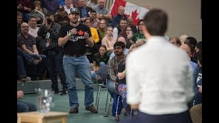 Download Evraz employee asks Trudeau about pipe and steel tariffs, Trans Mountain Pipeline Video