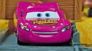 Download Disney Pixar CARS - Story Sets ACTION ! Video