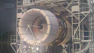 Download Airbus A380 Engine Explosion Test - HD Video
