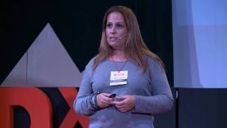 Download Viajar como asignatura obligatoria | Sonia García Fariña | TEDxLaLaguna Video