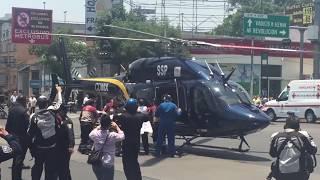 Download Momento en que helicóptero aterriza justo en avenida revolución, no creeras lo que pasa después Video