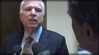 Download TRAITOR ALERT! THIS REPORTER ASK MCCAIN 1 QUESTION & WATCH MCCAIN GO INSANE ON HIM! Video