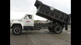 Download 1992 Ford F800 Single Axle Dump Truck Video