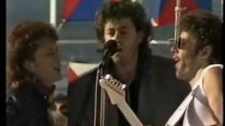 Download Jo Burt - Bob Geldof ″Love Like A Rocket″ Ark Royal Video