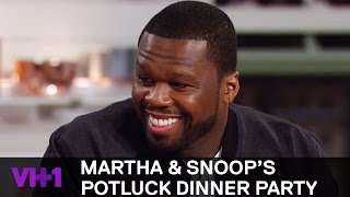 Download 50 Cent Watches Snoop Get Sensual w/ His Pizza 'Sneak Peek' | Martha & Snoop's Potluck Dinner Party Video