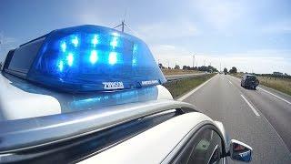 Download Police running code 3 on German Autobahn | GoPro Hero 3+ and JVC Adixxion GC-XA2 Video