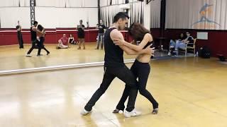 Download Baila Mundo - Michael Boy e Aline Borges (Campinas Dança Zouk 2014) Video