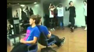 Download [ENG SUB] Rain & Mblaq Footage & Practice Video