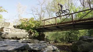 Download Freeriding in NWA: Danny MacAskill and Hans Rey Freeriding in Northwest Arkansas Video