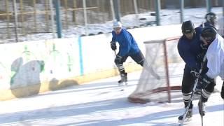 Download Во Владивостоке продолжается турнир по любительскому хоккею с шайбой Video