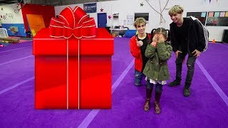 Download WE BOUGHT THE BEST PRESENT FOR OUR LITTLE SISTER'S BIRTHDAY! Video