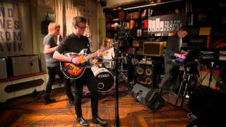 Download Fufanu - Plastic Gold (Live on KEXP) Video