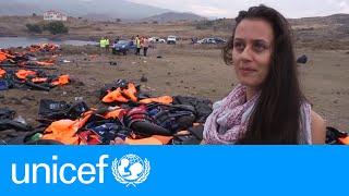Download Dutch mother helps refugees landing in Lesvos | UNICEF Video