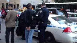 Download iPhone 4S Thief Arrested at Apple Store Video