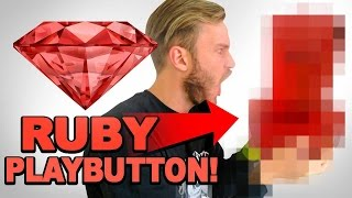 Download THE RUBY PLAYBUTTON / YouTube 50 Mil Sub Reward Unbox Video