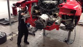 Download Audi R8 V10 Engine and fuel tank removal Video