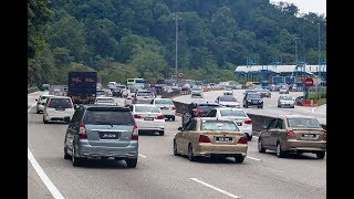 Download Keadaan trafik dari Pantai Timur menuju Plaza Tol Gombak perlahan Video