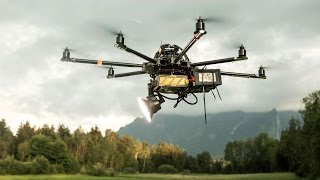 Download Drone Flash with the Elinchrom ELB 400 Video