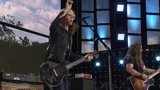 Download Blackberry Smoke - One Horse Town (Live at Farm Aid 2017) Video