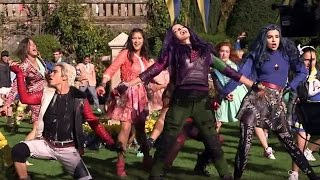 Download Descendants 2 Releases FIRST Video Footage From Sequel Video