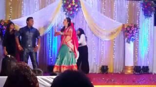 Download Chal Pyar karegi Sangeet performance by Vishal Mishra & Sneha V Mishra Video