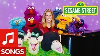 Download Sesame Street: Diana Krall Sings Everybody's Song Video