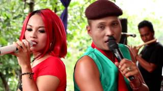 Download Rebutan Lanang - Een Viola - Arnika Jaya Live Muara Reja Tegal Video