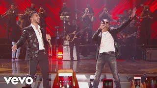 Download Maluma - Felices los 4 (Premios Juventud 2017) ft. Marc Anthony Video