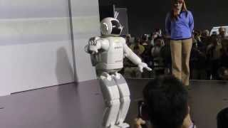 Download Walking and Dancing Humanoid Robot - Asimo Honda Robot Video