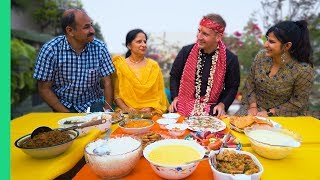Download INDIAN FOOD Cooked with LOVE. American tries home cooked Indian Food For the first time in Delhi! Video