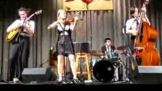 Download Hot Club of Cowtown at Deep Roots 2008 Video