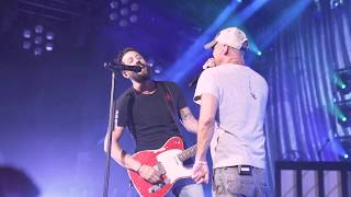 Download Kenny Chesney Surprises Old Dominion Onstage at the Ryman Video