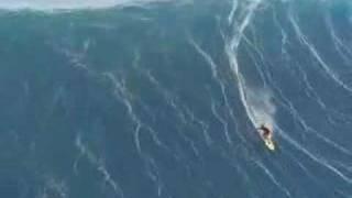 Download Worlds biggest wave ever surfed Video