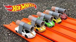 Download HOT WHEELS LAMBORGHINI ROCKET POWERED RACE !! Video