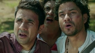Download Kunal Khemu, Vir Das & Anand Tiwari Freak Out - Go Goa Gone Video