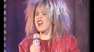 Download Tina Turner Video