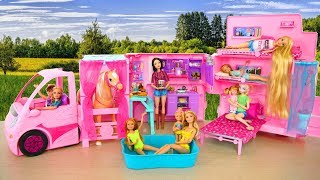 Download Barbie Sisters' Deluxe Camper Unboxing & Setup! Boneka Barbie Kemping Boneca Barbie Campista Video